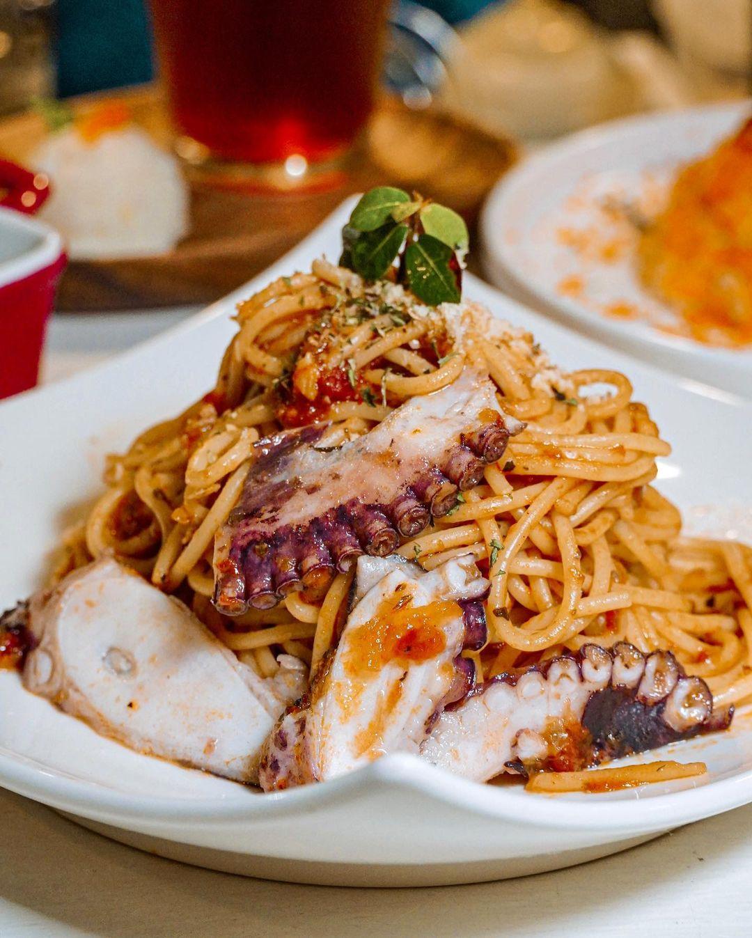 蘭嶼美食漂流木餐廳